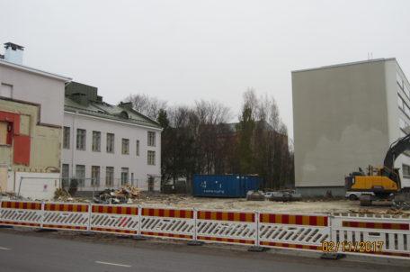 Fastigheten är riven och jordbyggnadsarbete påbörjas